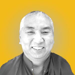 2.H.E.Khenchen-Namdrol-Rinpoche